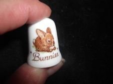 COLLECTABLE CHINA CLASSICS THIMBLE BUNNIES ~ ADORABLE BUNNY RABBIT
